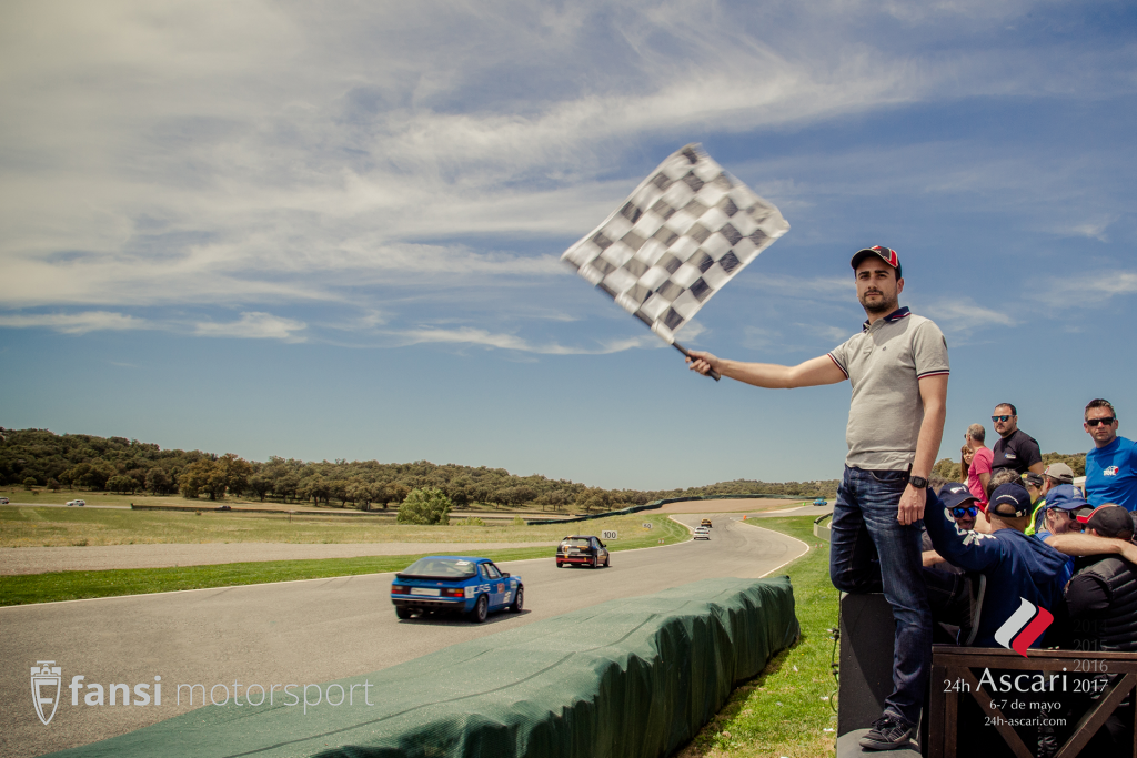 24h Ascari checkered flag